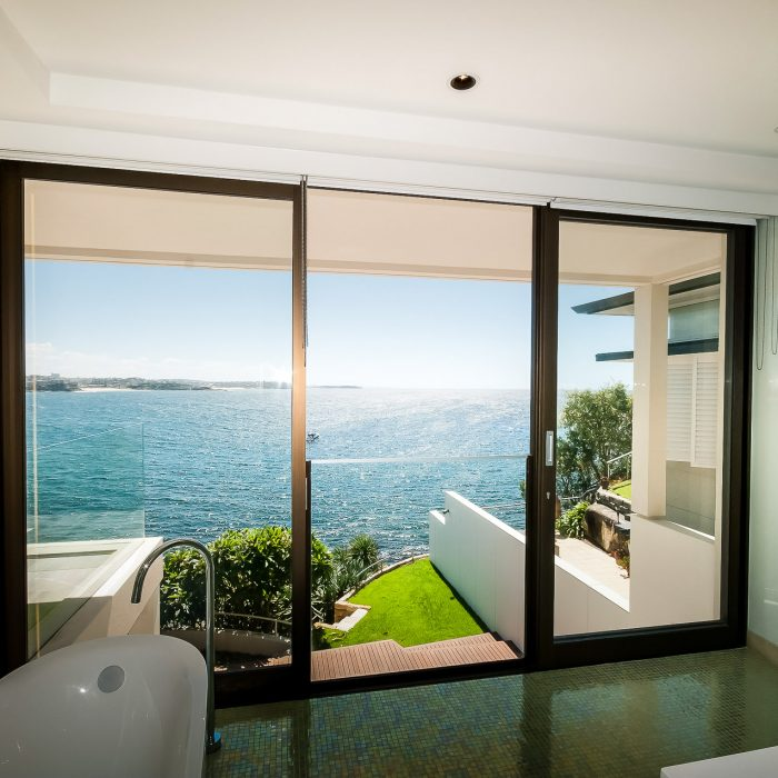 Pimas-Gale-Manly-Luxury-Home-08