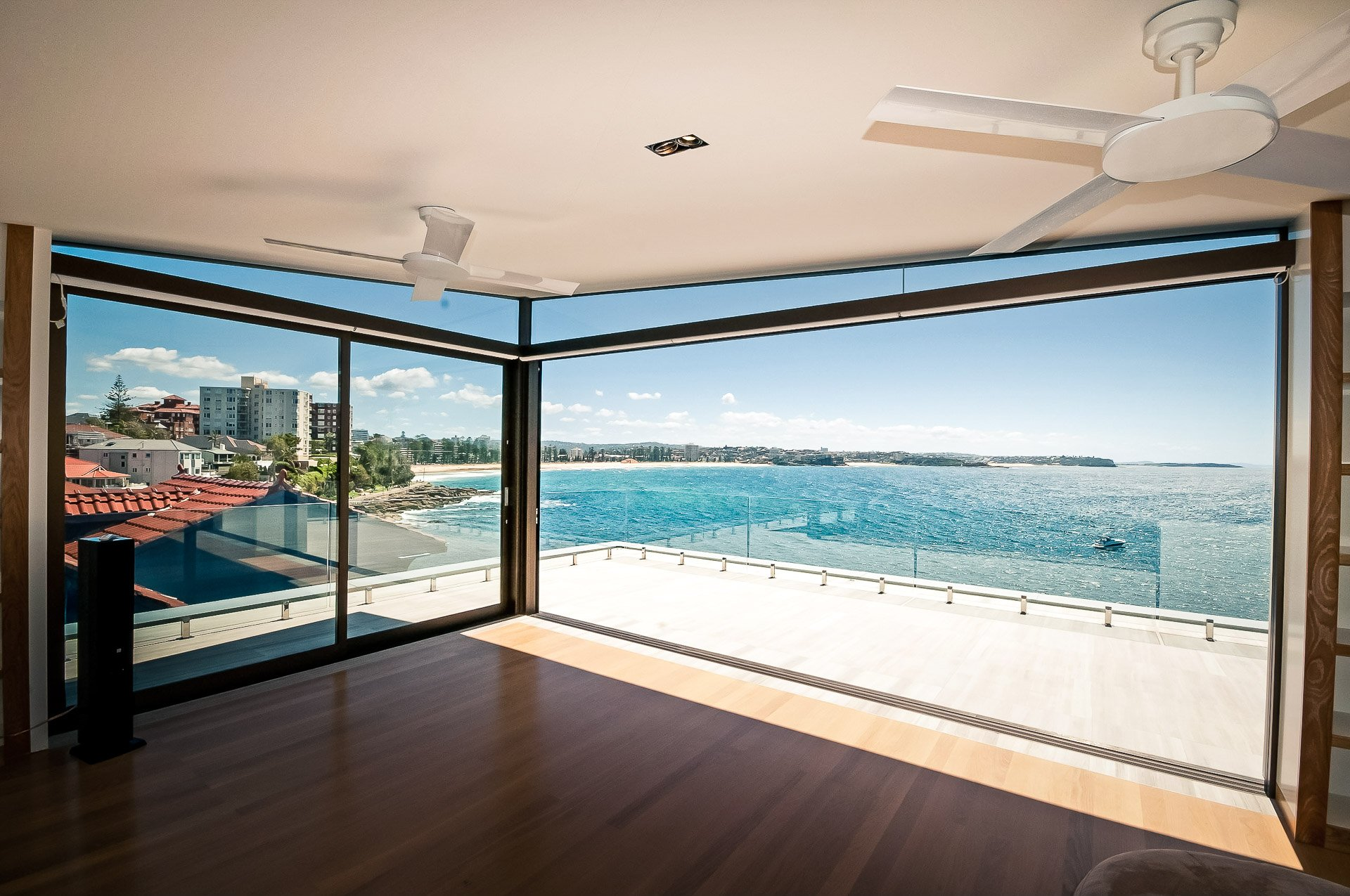 Pimas-Gale-Manly-Luxury-Home-27